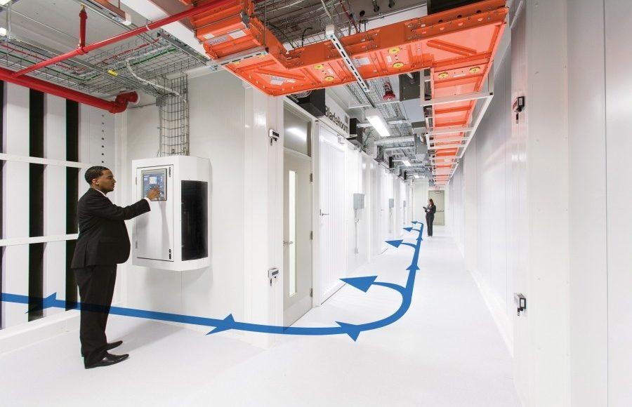 از استاندارد مانیتورینگ درجه دما در اتاق سرور یا دیتا سنتر چه میدانید؟